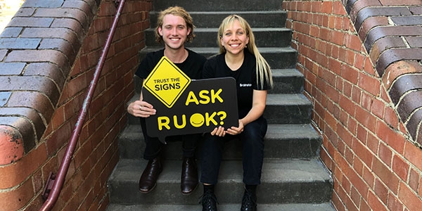 b2ap3_thumbnail_Educational-theatre-company-RUOK-Day-Trust-the-Signs_20191004-062414_1.jpg